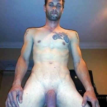 Nude Men Selfies - Page 4 of 8 - Gay Porn Blog With ...