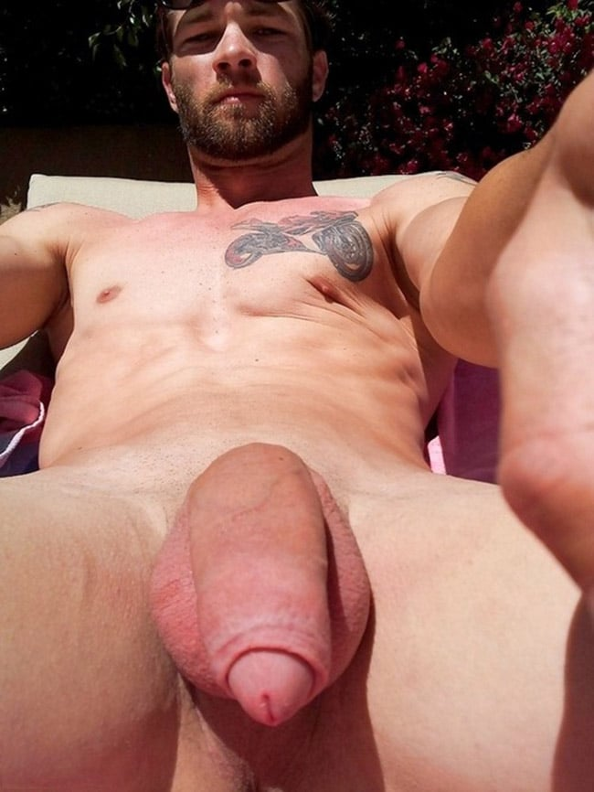 Hot Boy With Nice Big Balls And Cock - Nude Men Selfies
